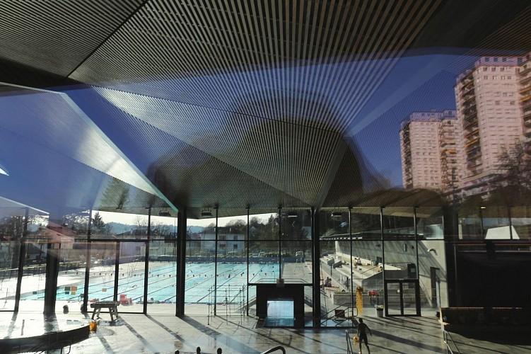 Stade Nautique - Pau - Bassin extérieur et gradins