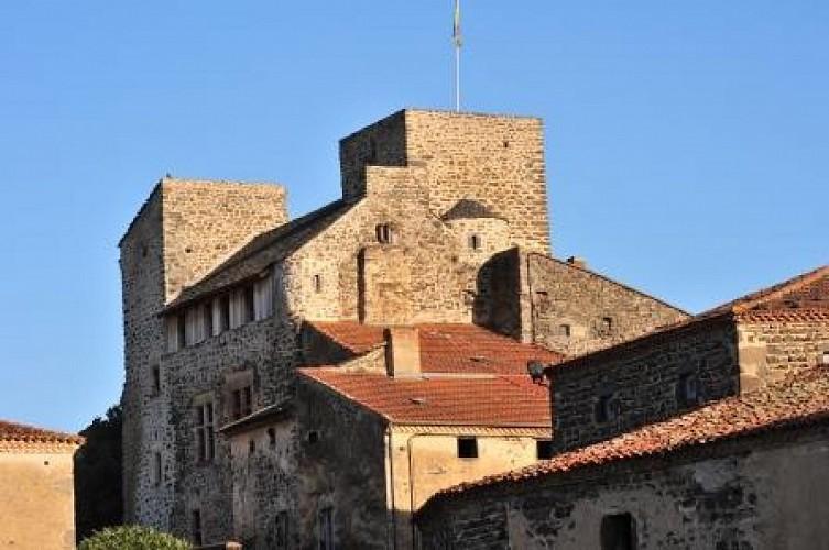 Villeneuve Lembron and its castle
