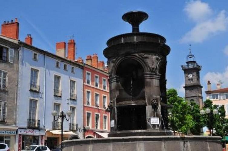 Place de la République et sa fontaine