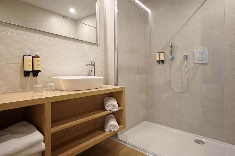 My Hôtel By Intermills - Chambre - Salle de bain