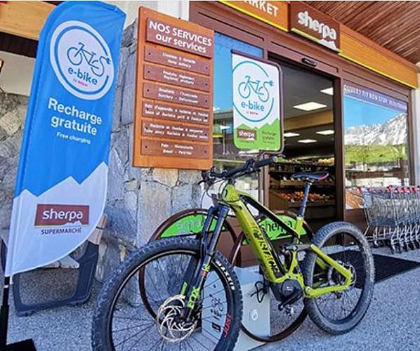 Borne de recharge pour vélo à assistance électrique
