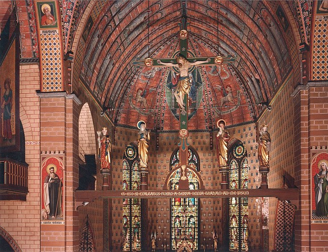 Pepinster et l'église Saints-Antoine-Ermite-et-Apolline