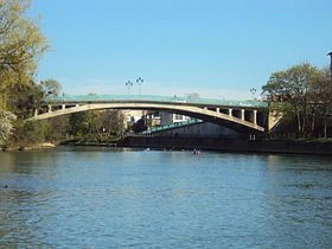 Pont de Champigny