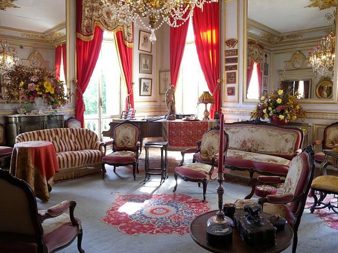 Le Palais BRIAU - Château et parc arboré