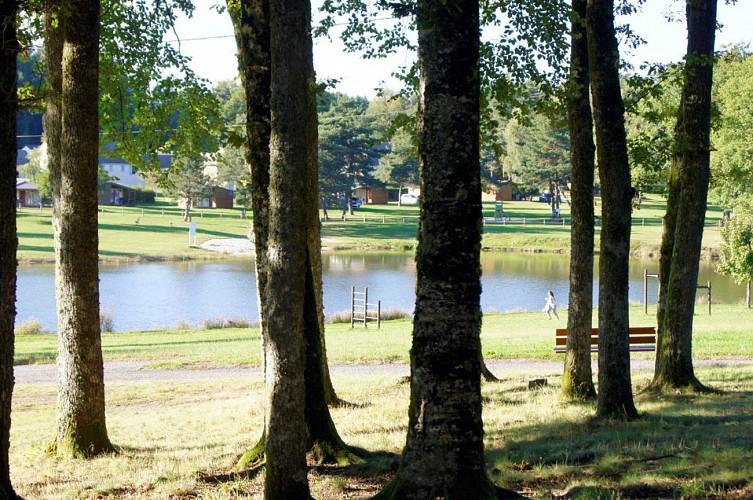 Plan d'eau des Chanaux (Saint Privat)
