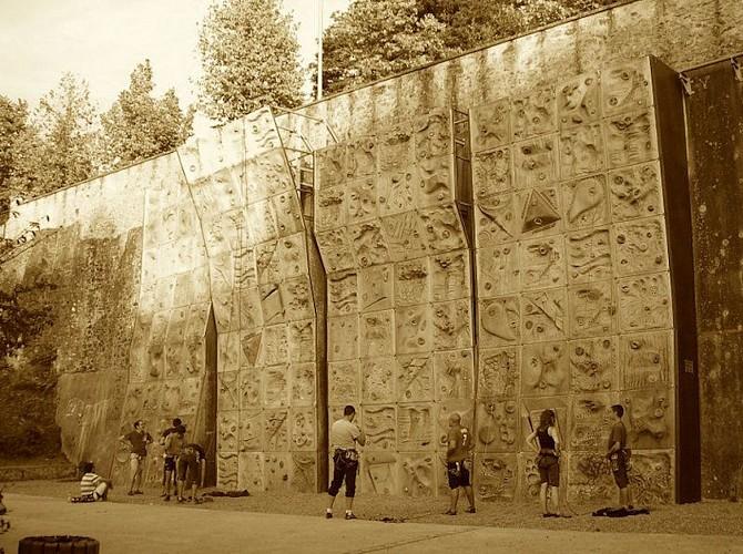 Mur extérieur d'escalade de Limoges