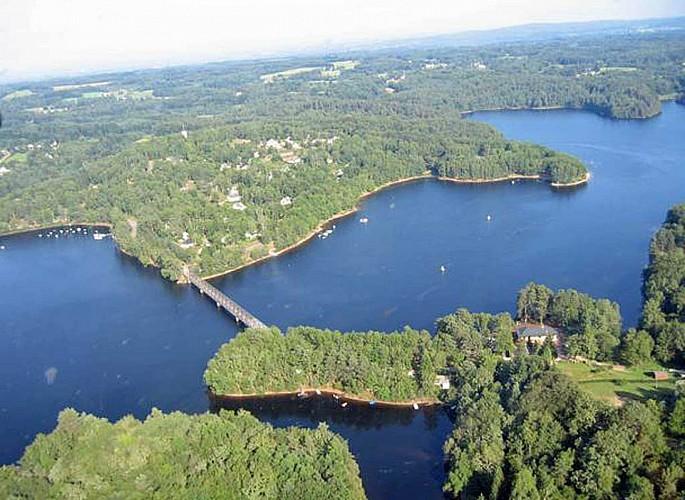 Lac de Marcillac-la-Croisille