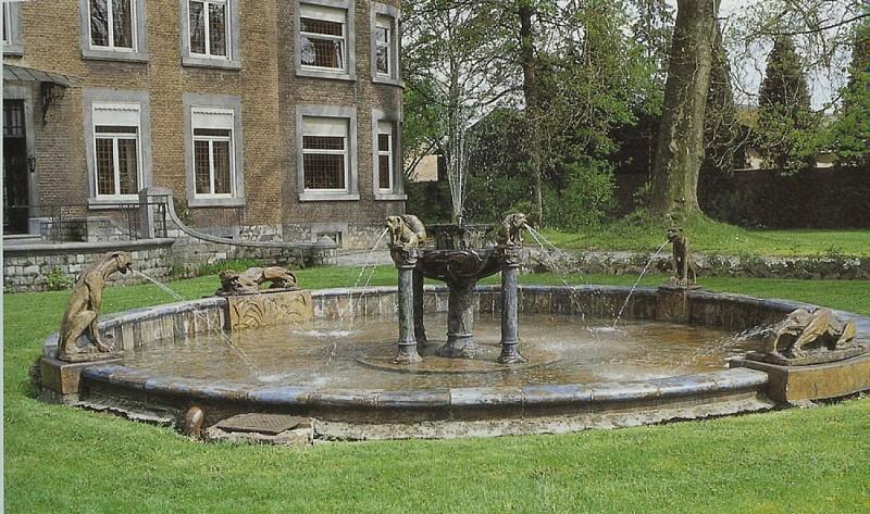 La fontaine aux Chimères (Andenne)