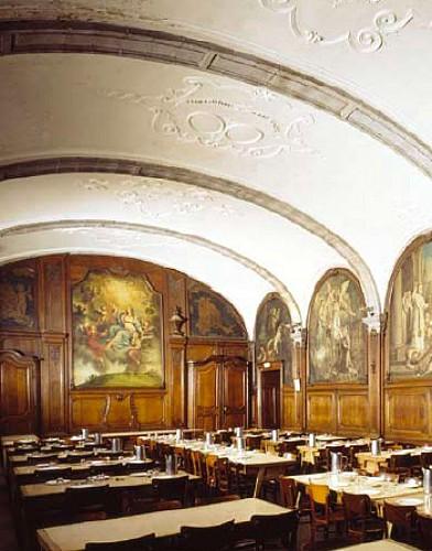 De oude abdij van Bonne-Espérance