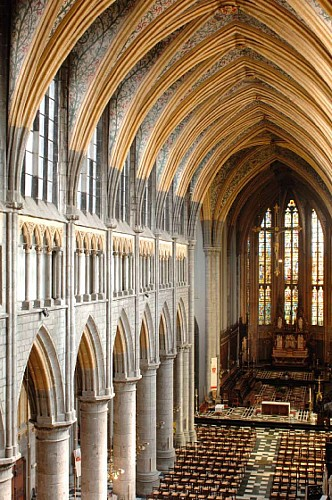 Die Stiftskirche Saint-Paul