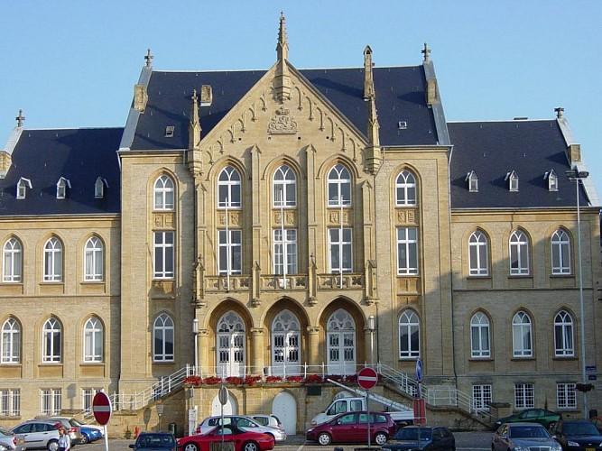 Palais Provincial et Ancien Palais de Justice