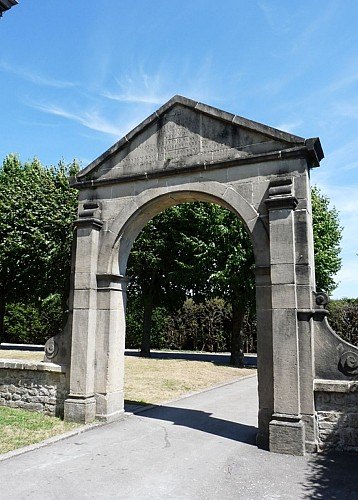 Gateway to the ancient abbey of Clairefontaine
