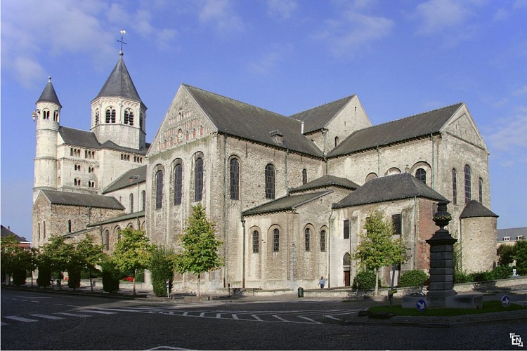 L'ancienne collégiale Sainte-Gertrude
