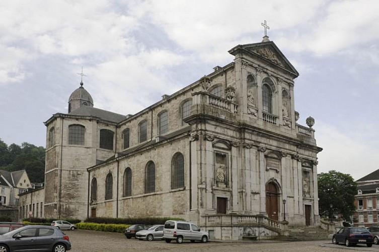 La collégiale Sainte-Begge