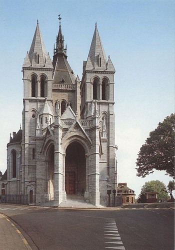 La basilique Notre-Dame de Bon-Secours