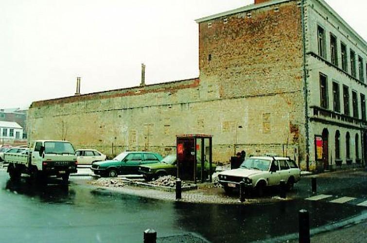 La muraille de l'ancien couvent des Sœurs grises