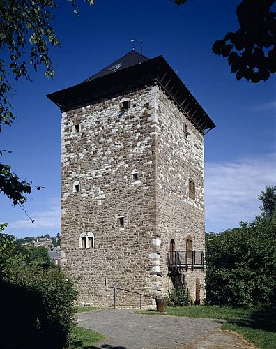 "The ""Romanesque tower"""