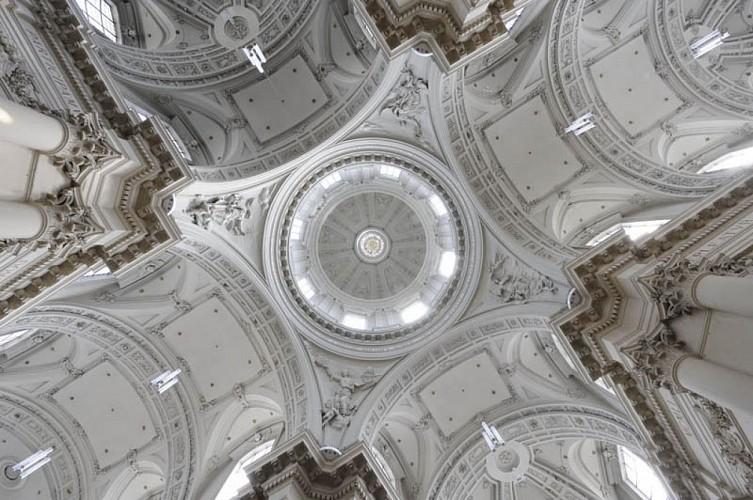 La cathédrale Saint-Aubain