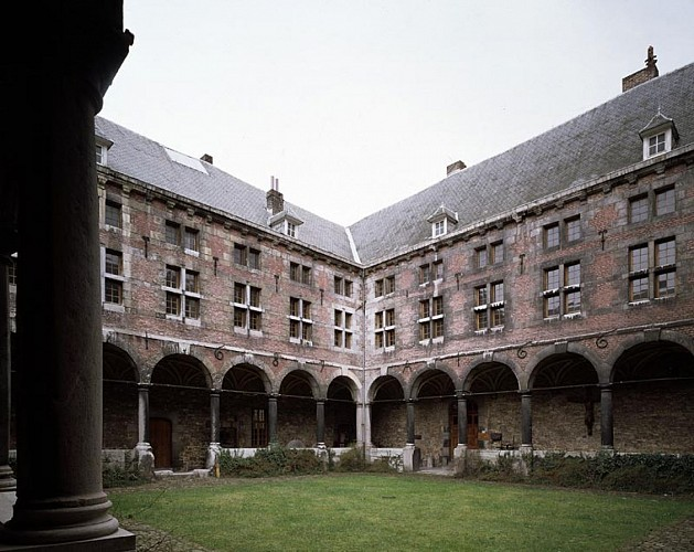 Former convent of the Frères mineurs