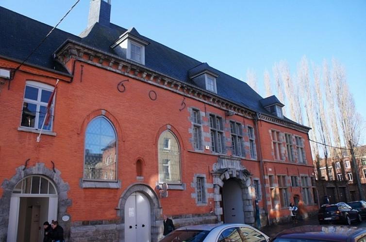 lieux historiques la bonne maison de bouzanton ancien hospice des orphelins mons. Black Bedroom Furniture Sets. Home Design Ideas