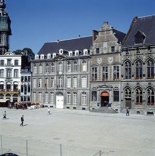 L'ancien hôtel de la Couronne impériale