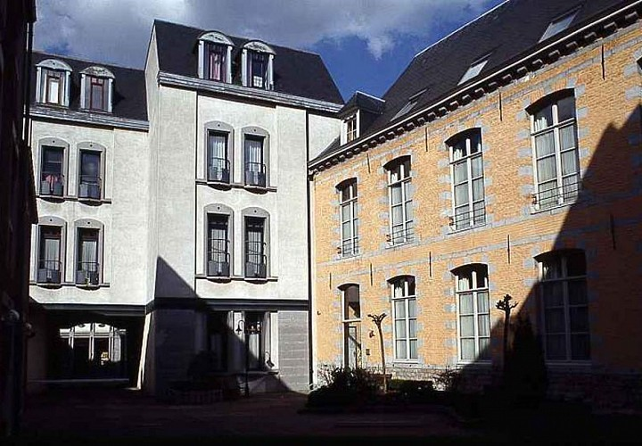 L'ancien hôtel Marin de Thieusies à Mons