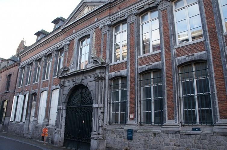 L'ancien refuge de l'abbaye de Saint-Denis en Broqueroie