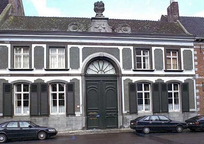 Hôtel de maître, rue des Telliers, 20