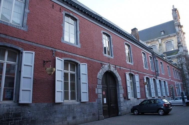 L'ancien collège des jésuites