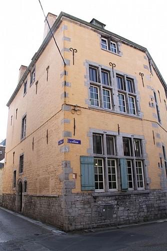 Immeuble, rue de l'Évêché, 5