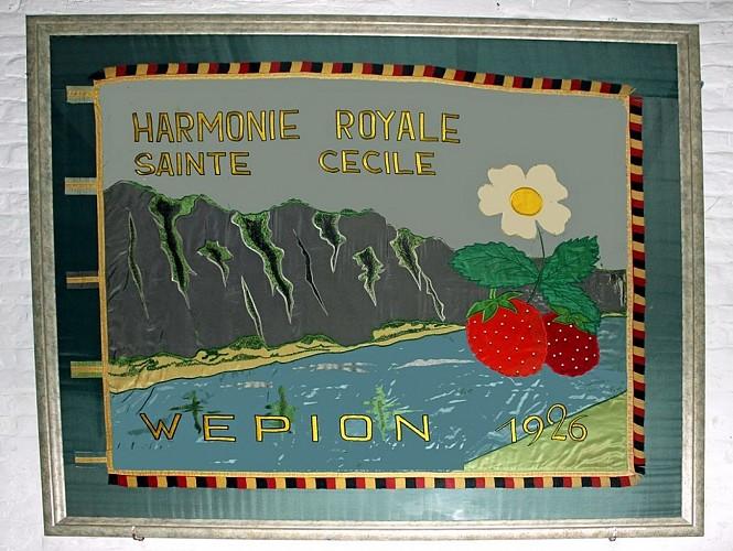 Le drapeau de l'harmonie Sainte-Cécile