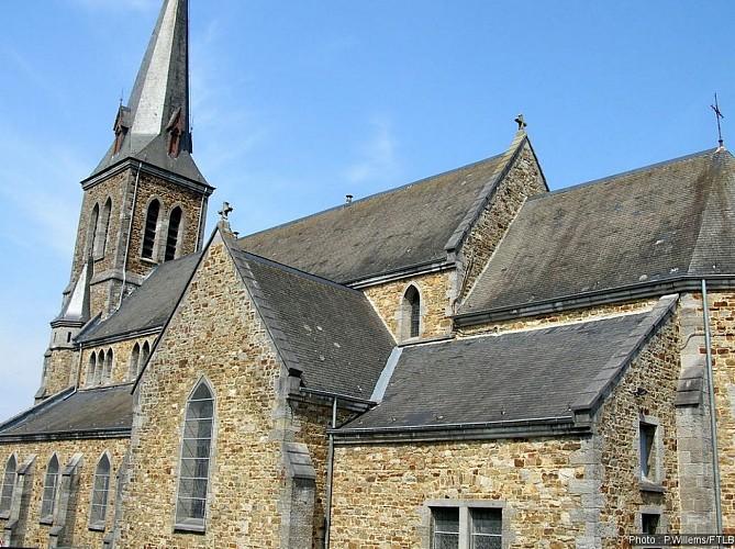 Eglise Saint-Martin d'Awenne et la statue de Saint-Sébastien