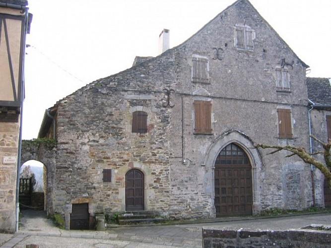 Saint-‐Barthélémy's Chapel 14th century