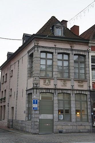 Immeuble, place de Lille, 17