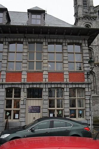 Maison, quai Notre-Dame, 8