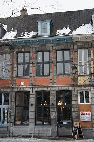 Immeuble, quai Marché-aux-Poissons, 17