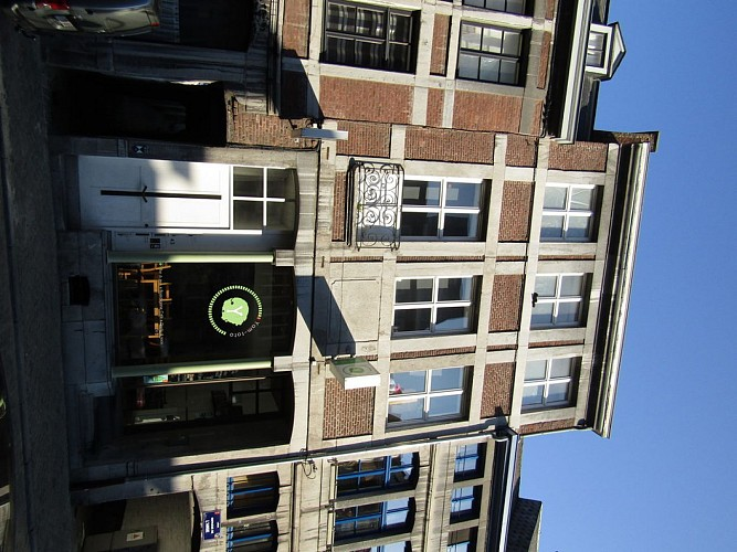 Immeuble, rue Hors-Château, 43