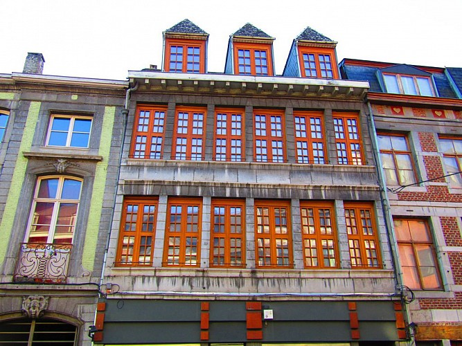 Immeuble, rue Hors-Château, 88-90