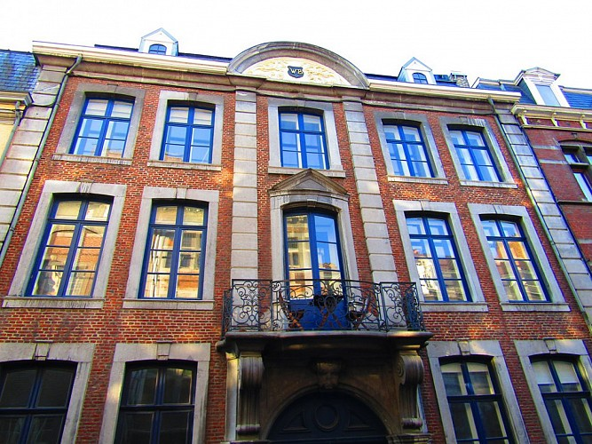 Ancien hôtel de maître, rue Hors-Château, 128