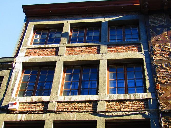 Immeuble, rue du Palais, 8