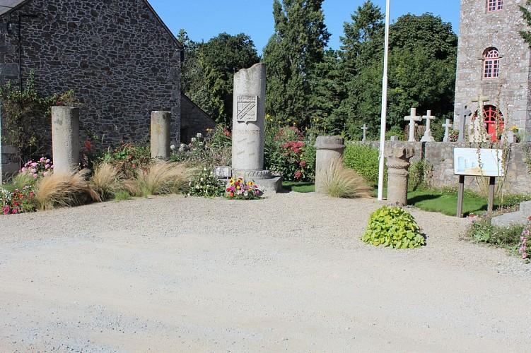 Place de l'église, des vestiges romains à l'enclos paroissial