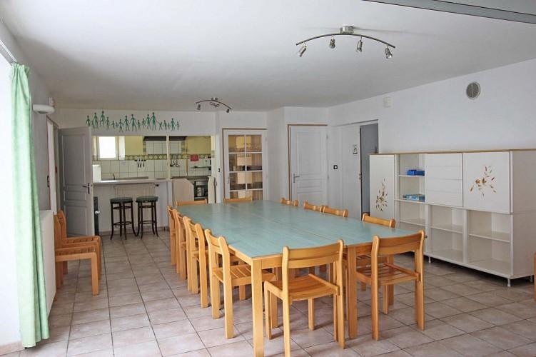 872430 - 18 people - 5 bedrooms - 3 'épis' (ears of corn) - St Martial sur Isop - fiche 2012