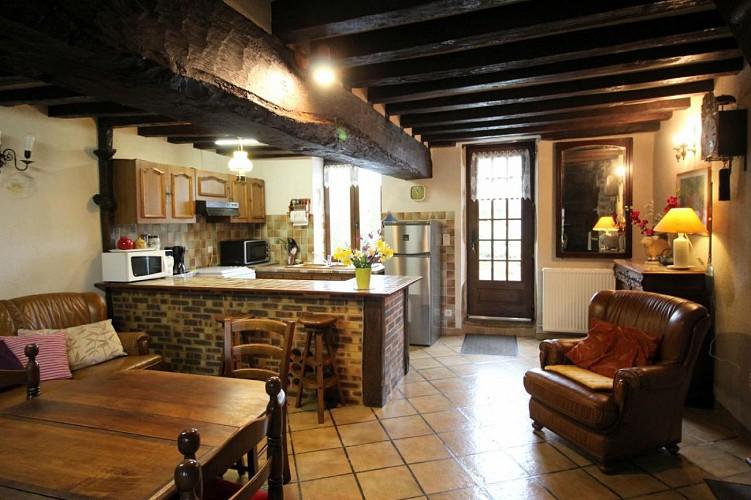 871373 - 6 people - 2 bedrooms - 3 'épis' (ears of corn) - St Sulpice les Feuilles - fiche 2012