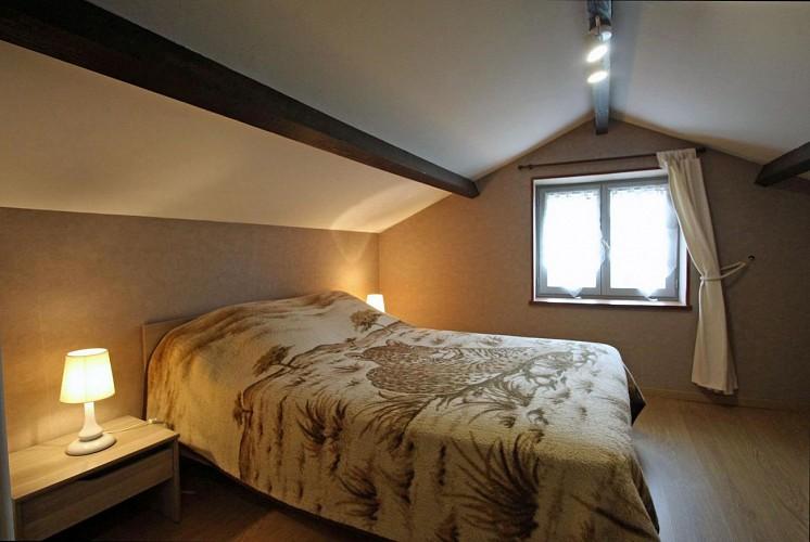 875301 - 3 personas - 1 habitación - 3 espigas - Peyrat le Château