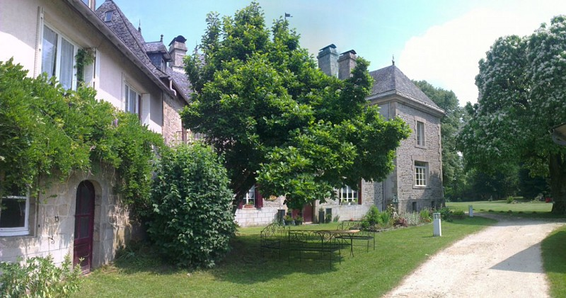 Meublé de Tourisme Gîte de la Fontaine- SARL Domaine nature de Meilhac