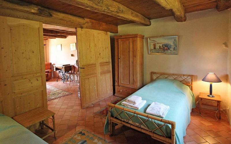 """877095 - 10 people - 5 bedrooms - 3 """"épis"""" ears of corn - Champagnac la Rivière"""