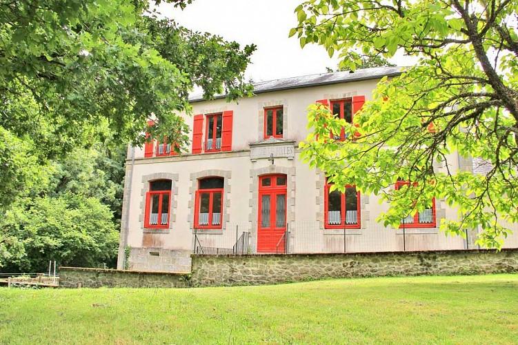 CS703 - 4 pers - 2 slaapkamers - 2 maïskolven - Saint Martin Château