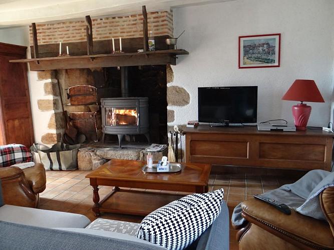 CS762 - 5 personas - 3 habitaciones - 3 espigas - Saint Pierre Cherignat
