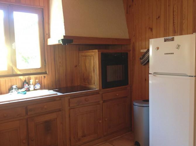 Meublé de Tourisme  GUILHE (19-Monceaux sur Dordogne)