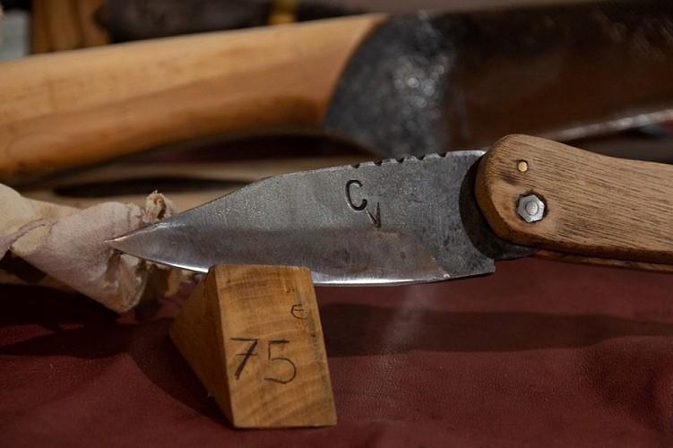 Forgeron d'armes médiévales - C Vanderlick